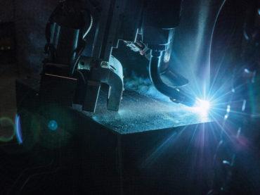 LaserHybrid vereint Vorteile von Laser- und MIG/MAG-Schweißen